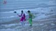 印度海滩再现神秘白色泡沫