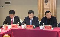 黑龙江日报采访团队走进七台河代表团 围绕民营经济专题采访