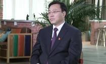 雙鴨山市委書記宋宏偉、市長鄭大光共同接受黑龍江廣播電視臺首席主持人小翟的專訪