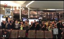 新闻夜航20191230机场内的特殊新年祝福