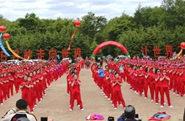 《开课啦》七千人拍手舞大赛明日举行,拍手的好处你知道吗?