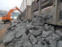 哈鐵保障省內能源企業生產