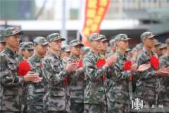 黑龙江省2017年新兵正式起运(图)