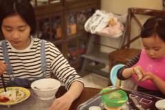 孙莉秀老公美食称女儿们很爱吃 黄磊:你也没少吃