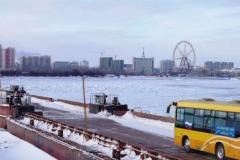 黑河—布拉戈维申斯克浮箱固冰(客运)通道开通 五分钟即可出国