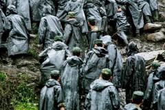 汶川地震12年丨12张图回望那些逆行的军人身影