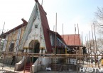 保护建筑破烂不堪 哈尔滨斯大林公园江畔餐厅启动维修工程