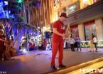 哈尔滨老街音乐汇启幕 多场演出使中央大街变音乐殿堂