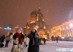 """哈尔滨索菲亚教堂广场雪后如梦似幻 美女扎堆拍照""""晒幸福""""(组图)"""