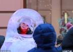 哈尔滨:气温持续走低 游客包裹严实游览兴致不减(组图)