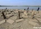 哈尔滨:松花江水位下降 大片滩涂露出