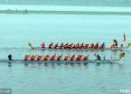 哈尔滨端午节松花江上赛龙舟 十多支龙舟代表队参加比赛(组图)