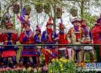 荷兰利瑟举办花车大游行