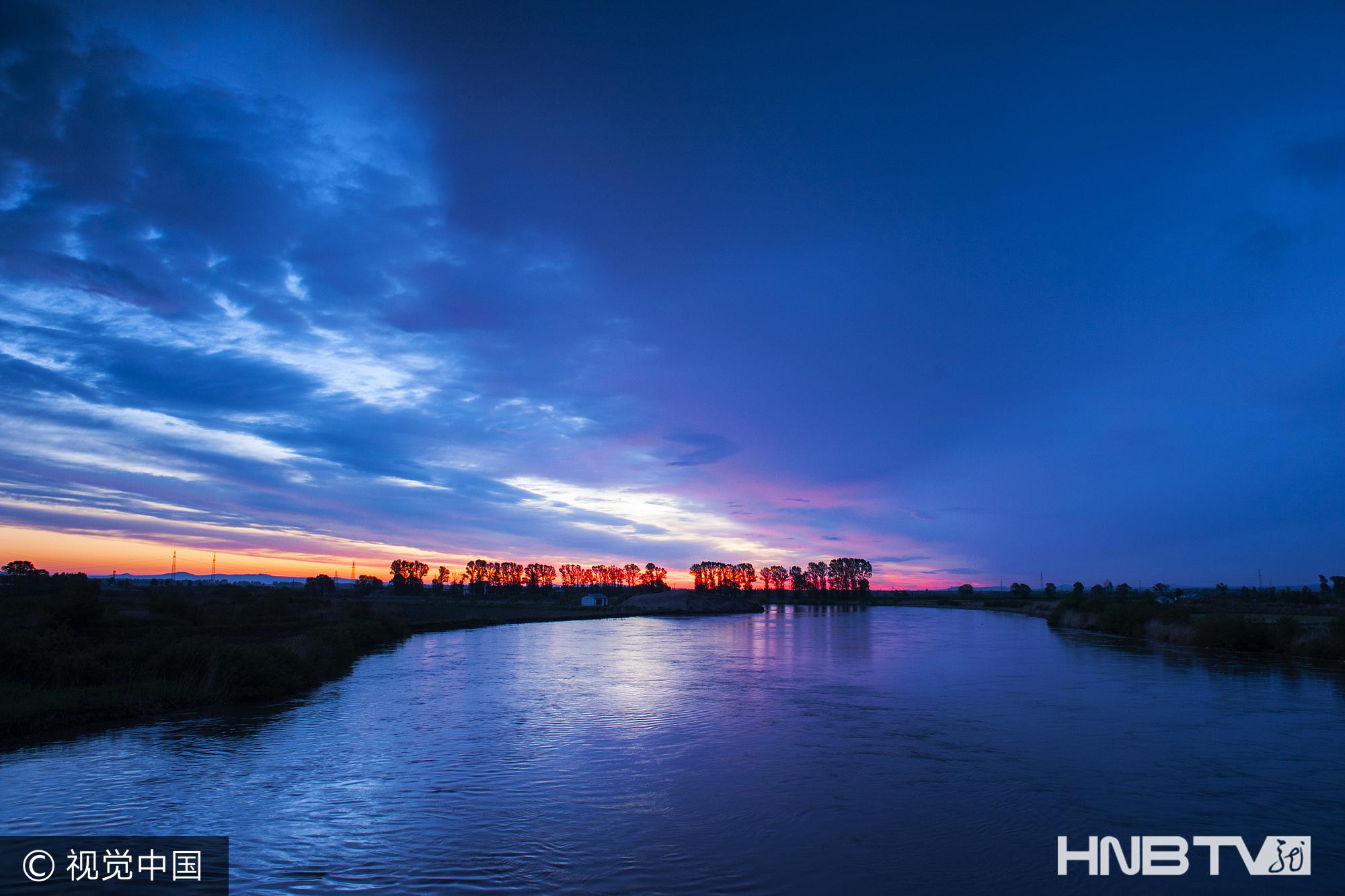 黑龙江鸡西:美丽的兴凯湖夜色(组图)