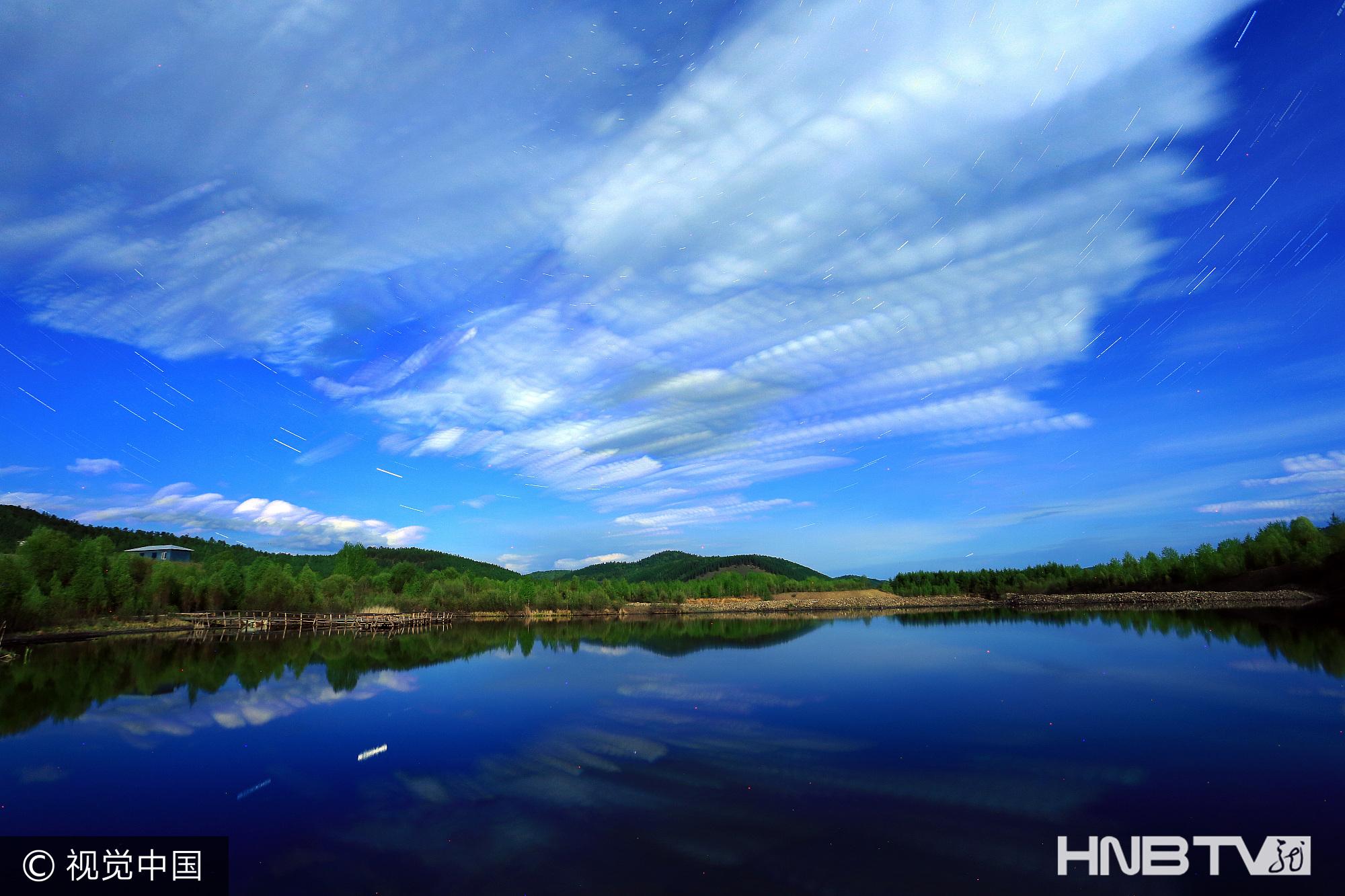 黑龙江大兴安岭:森林湖星轨(组图)