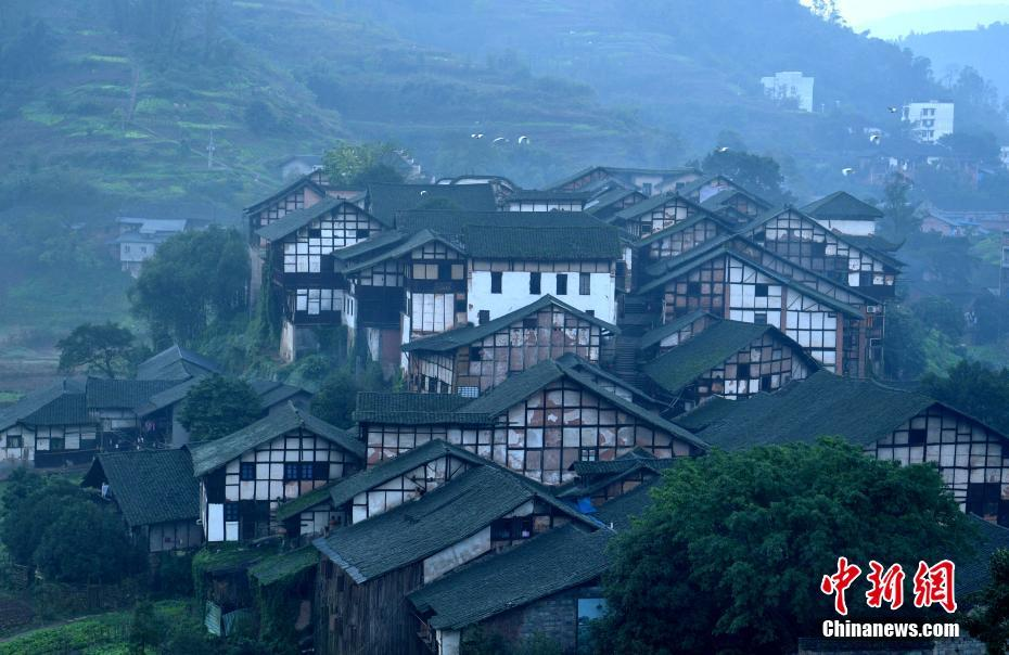 四川深藏在大山中的古镇