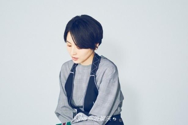 长泽雅美拍摄优雅写真 素雅大方气质显露