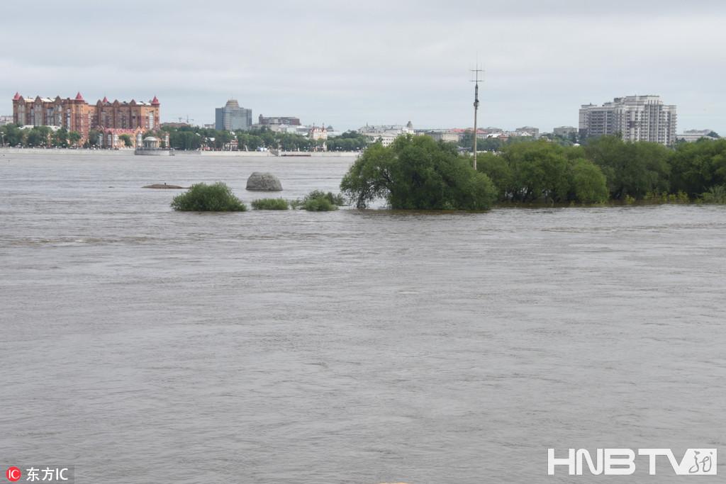 黑河水位上涨 预计23日到达洪峰(组图)