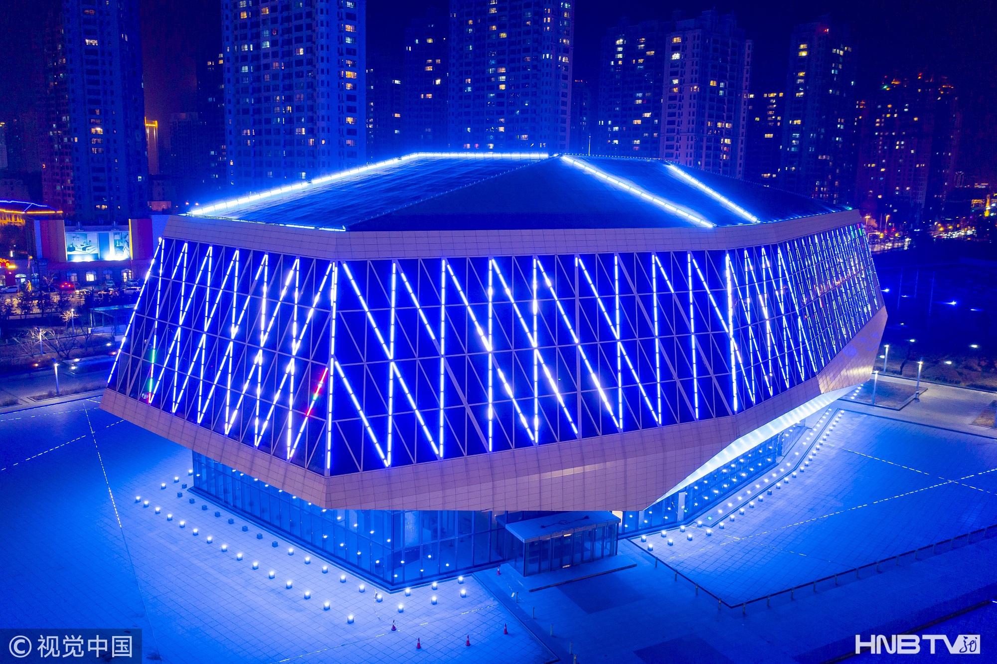 航拍哈尔滨音乐厅夜景 宛如靓丽水晶