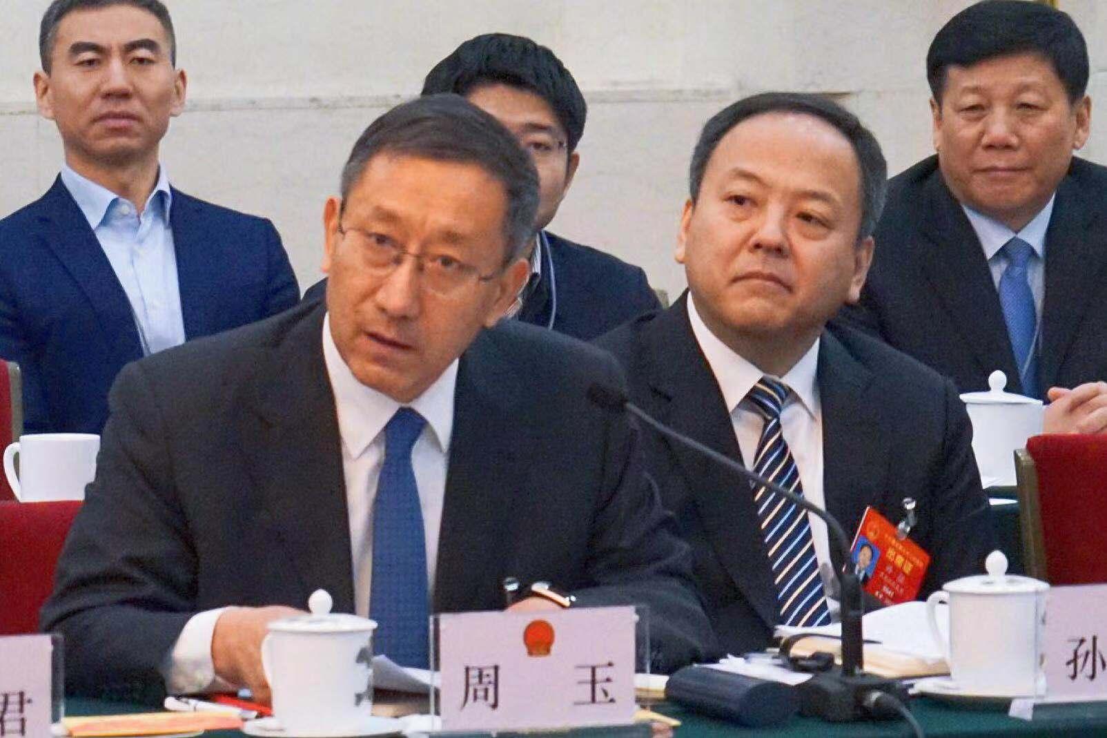 黑龙江代表团全体会议向媒体开放(组图五)