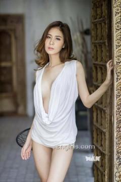 泰国嫩模身姿妖娆妩媚 胸前失守春光乍泄