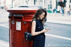 郑恺女友程晓玥伦敦街头秀美腿 尽显名媛气质
