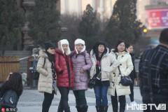天冷旅游热 南方游客寒风中游览冰城哈尔滨(组图)
