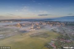 鸡西:初秋晨光现 边城密山平流雾笼罩城市上空(组图)