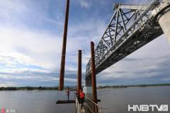 黑龙江同江中俄跨江铁路大桥恢弘建设场景(组图)