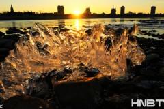 黑龙江黑河进入流冰期 龙江流冰随想曲
